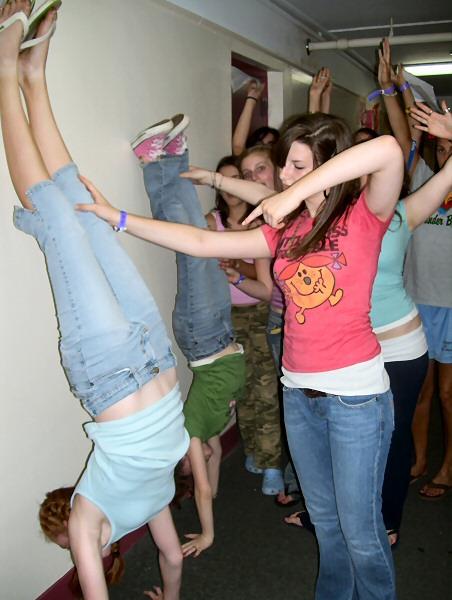 Handstand Kiss Pinterest Pin Handstand Kiss on ...